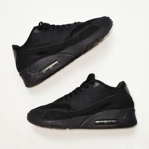 🆕! Nike Air Max 90 Ultra Essentials 2.0 Black